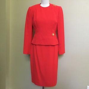 Vintage DAVID HAYES cherry red Wool skirt suit 6